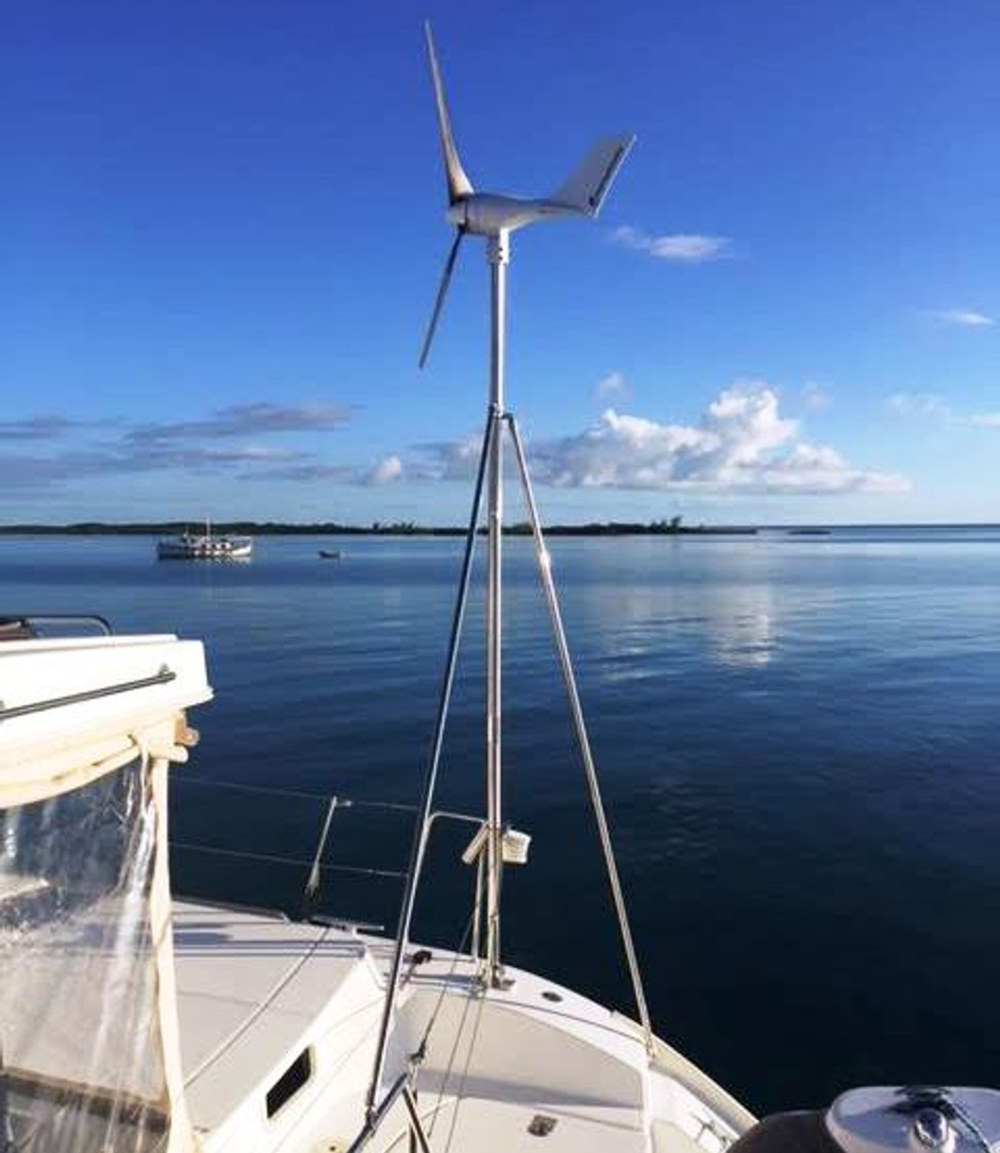 Marine Kinetix MK4+ Wind Generator mounted using the Marinebeam optional Pole Mount and Pole Mount Kit.  Courtesy of Kevin Hiscox on Mat-Lau III