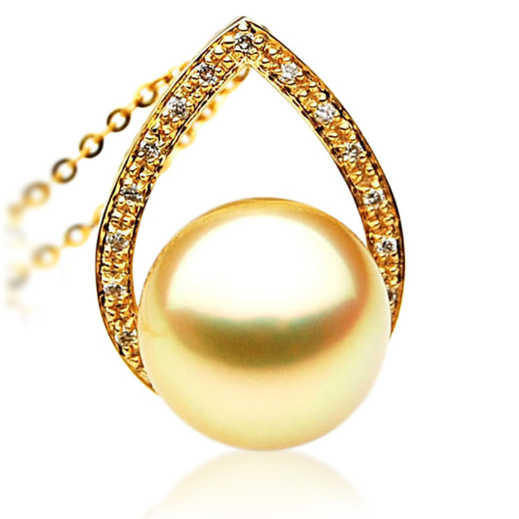 GP042 (AAA 12mm Australian Golden South Sea Pearl Pendant and Diamonds )