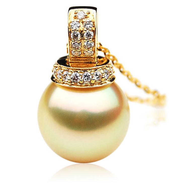 GP078 (AAA 13mm Australian Golden South Sea Pearl Pendant and Diamonds )