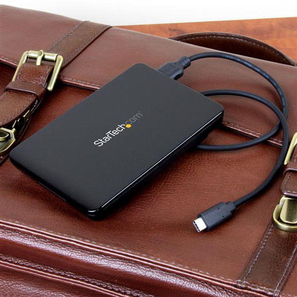 StarTech USB 3.1 (10Gbps) 2.5in SSD/HDD Drive Enclosure w/ USB-C Cable Product Image 3
