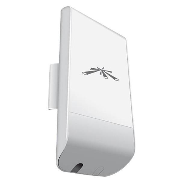 Product image for Ubiquiti Networks locoM2 2.4GHz 8dBi Indoor/Outdoor airMAX CPE   AusPCMarket Australia