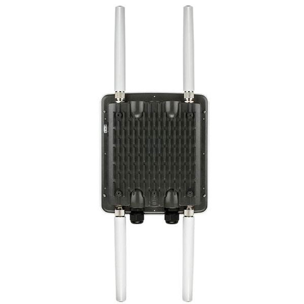 D-Link DWL-8710AP Unified Wireless AC DualBand Outdoor PoE Access Point Product Image 2