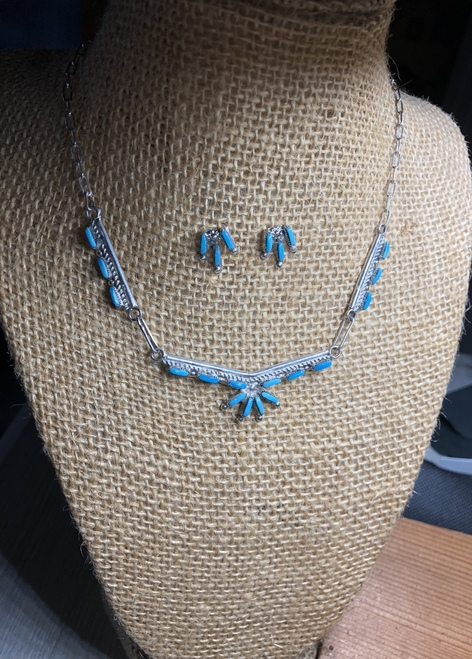 Delicate little Needlepoint 1/2 Daisy necklace and earring set. Zuni Handmade.