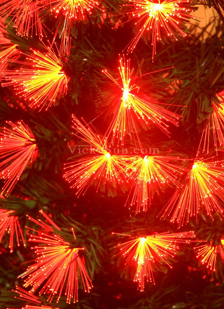 180cm-green-christmas-tree-with-red-fiber-optic-lights-synced-to-music-g-rtx-180cmc.jpg