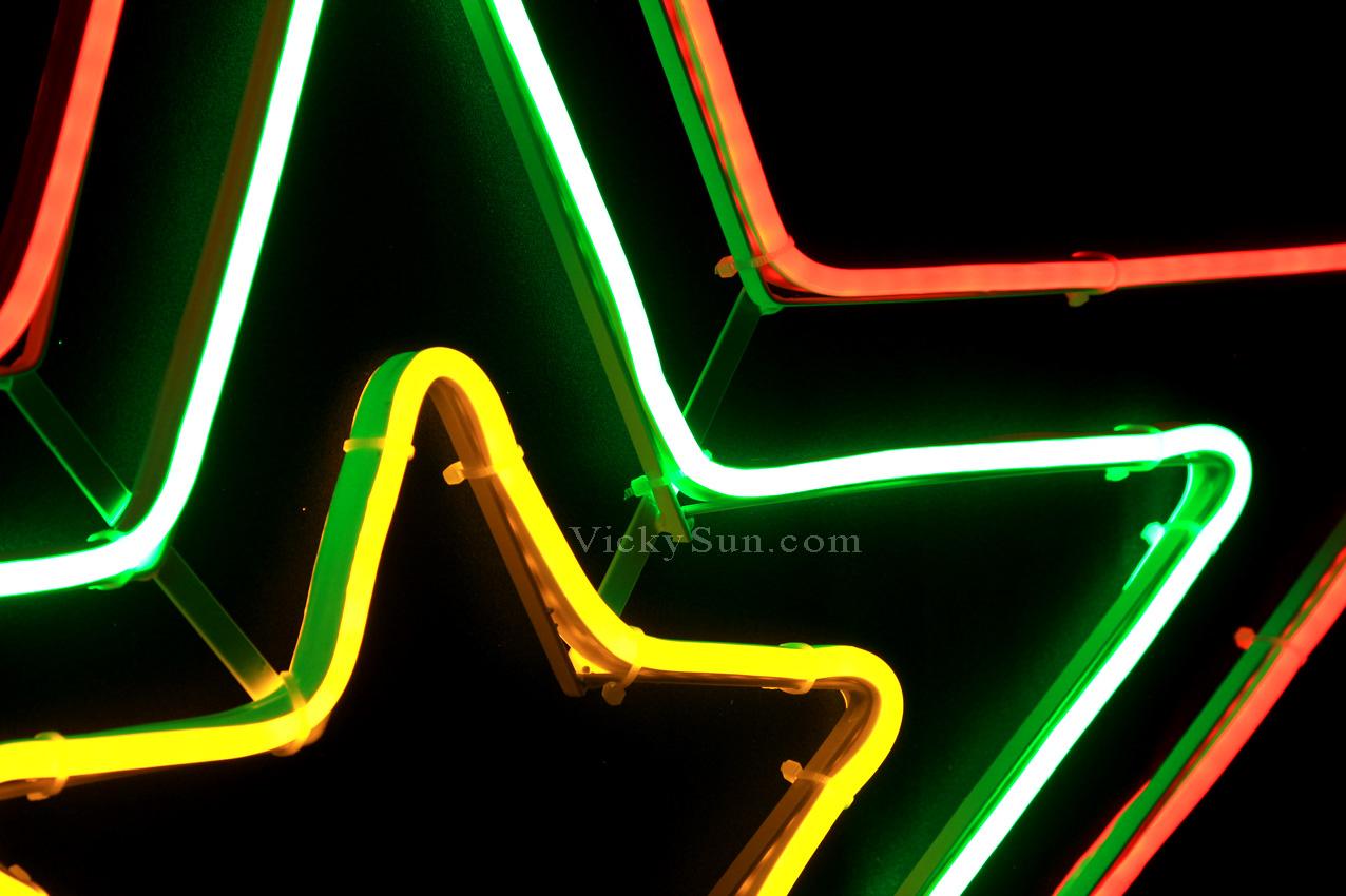72cm Led Flashing Neon Red Green Yellow Star Christmas