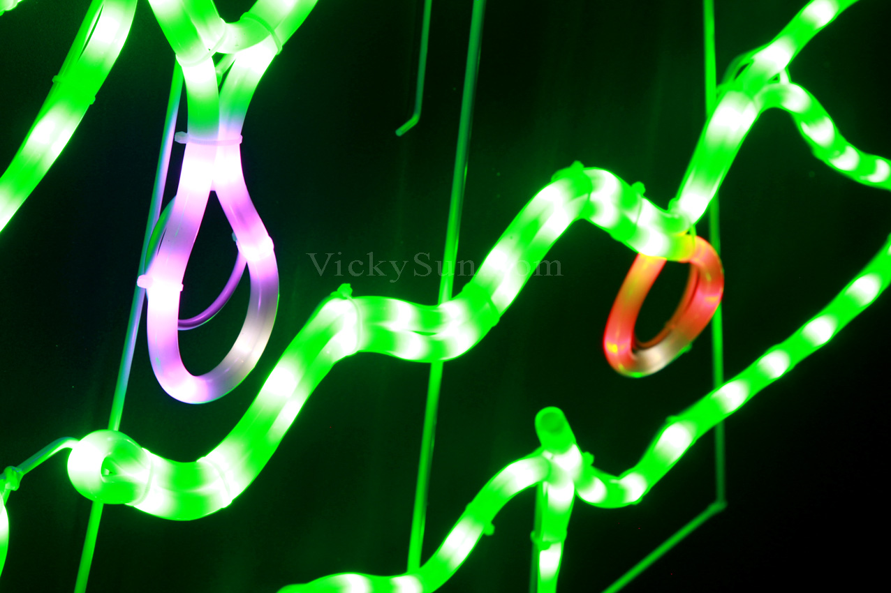 led-neon-christmas-tree-lights2.jpg