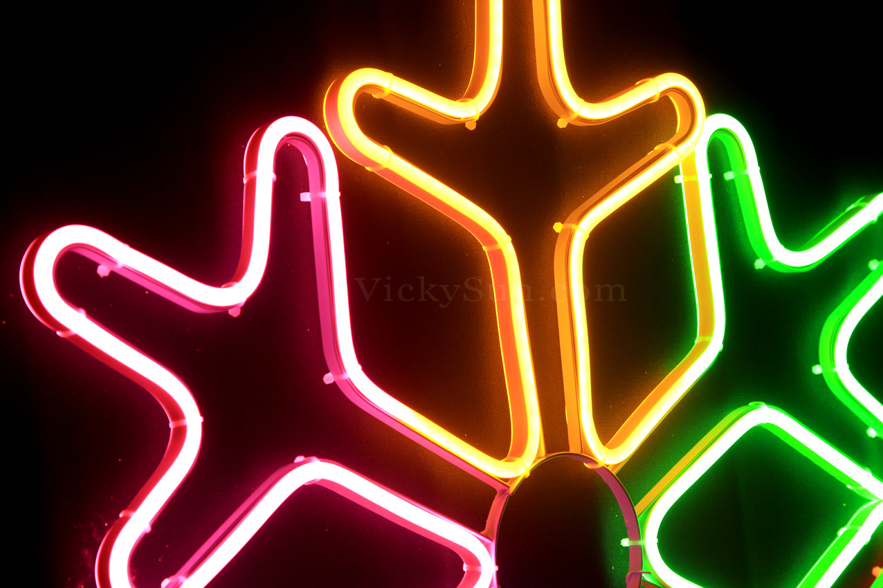 led-neon-multi-colour-snowflake-lights-nxd4037a.jpg