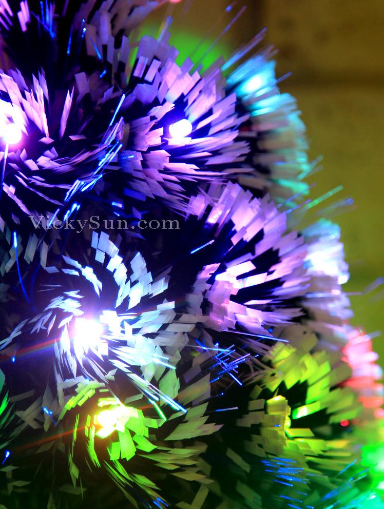 snowy-christmas-tree-multi-colour-leds-and-fiber-optic.jpg