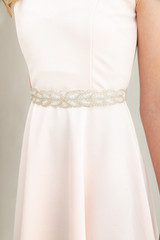 Tween Girls Ivory Beaded Elastic Belt.