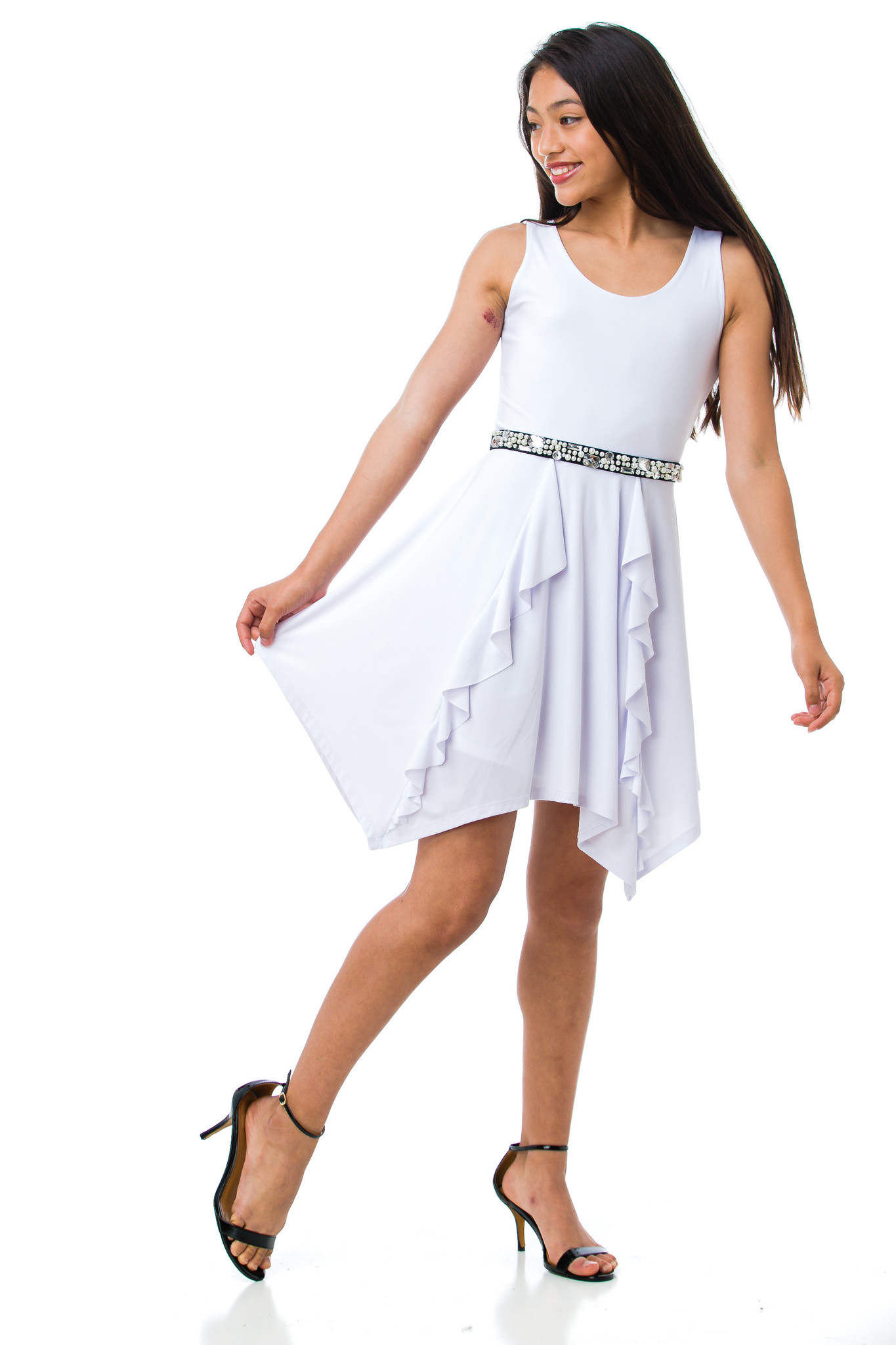 Tween Girls White Hank Hem Dress with Ruffle Skirt with added black belt to go with the Report heels.