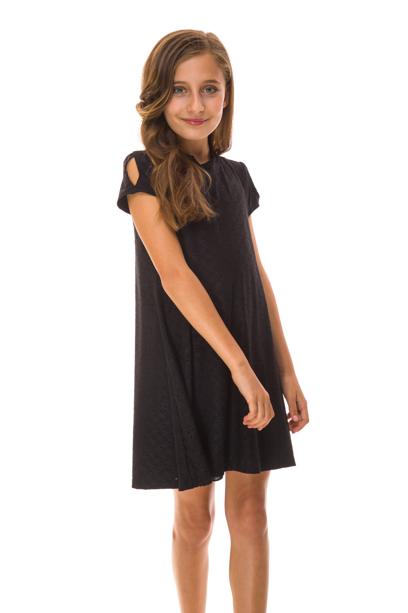 Close up of the Tween Girls Cold Shoulder A Line Dress in Black Eyelet.