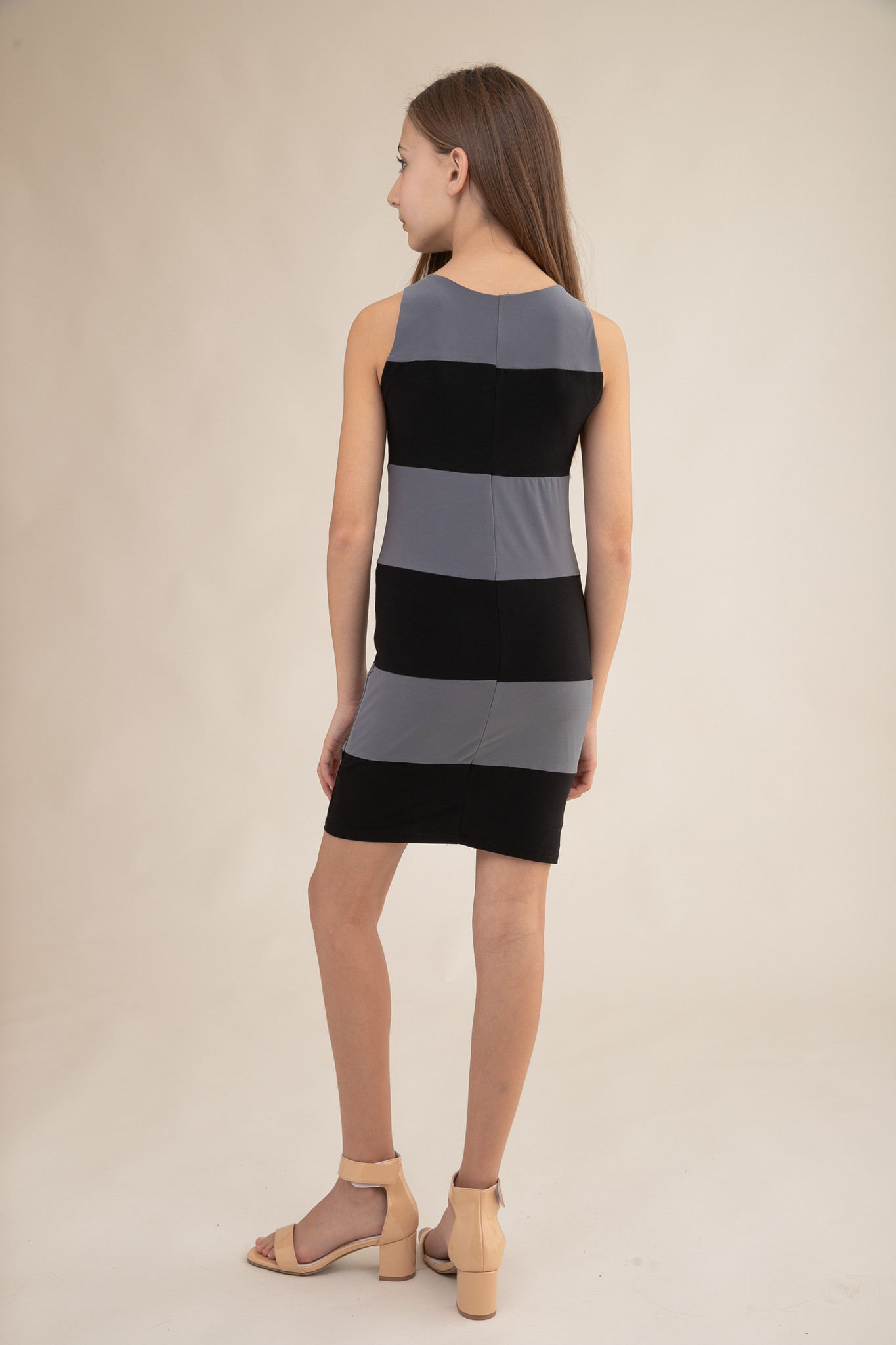 Tween Girls Charcoal and Black Color-Block Fitted Dress back view.