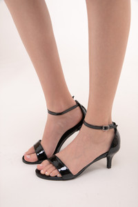 Tween Girls Black Open Toe Kitten Heels