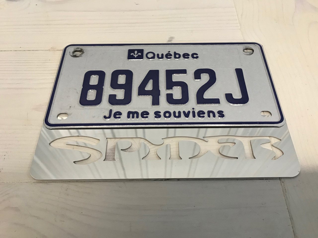 Can Am Spyder Plaque (Cadre) licence Chromé