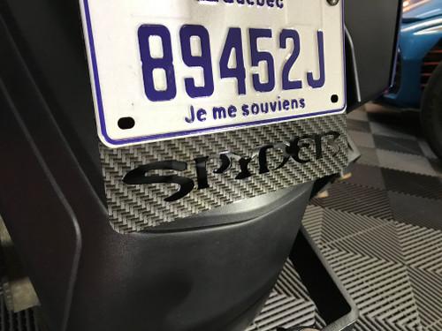 Can Am Spyder Plaque (Cadre) licence Carbone Noir et Gris