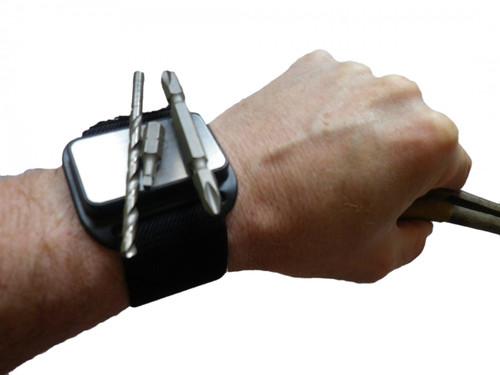 Magnetic wrish band tool holder x 2