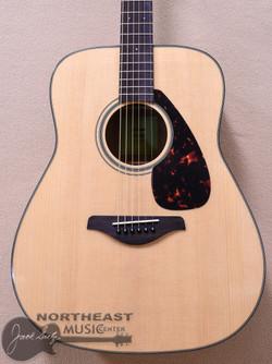 Yamaha FG800 Acoustic Dreadnought Guitar