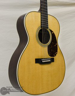 C.F. Martin 000-28 Acoustic Guitar | Northeast Music Center Inc.