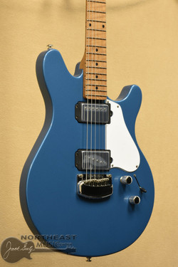 Ernie Ball Music Man Valentine Trem - Toluca Lake Blue | Ernie Ball Music Man Electric Guitars Northeast Music Center inc.