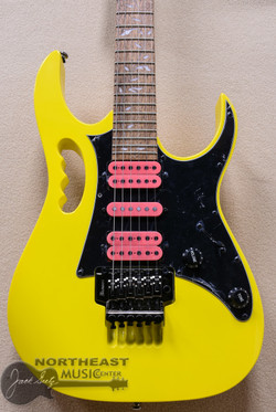 Ibanez JEM JR Steve Vai Signature Guitar in Yellow (JEMJRSP-YE