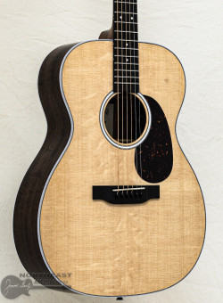 C.F. Martin 000-13E Acoustic/Electric Guitar (00013E) | Northeast Music Center Inc.