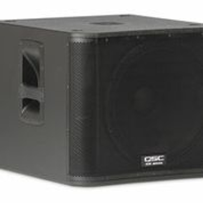 """QSC KW181 Powered Sub Woofer 18"""" 1000 Watts"""