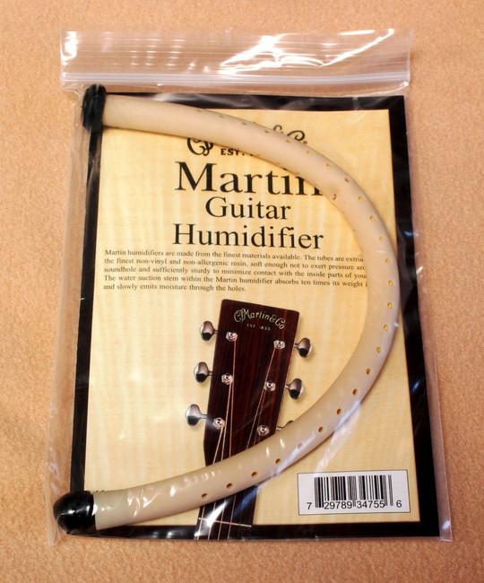 C.F. Martin Damp It Tube Style Guitar Humidifier