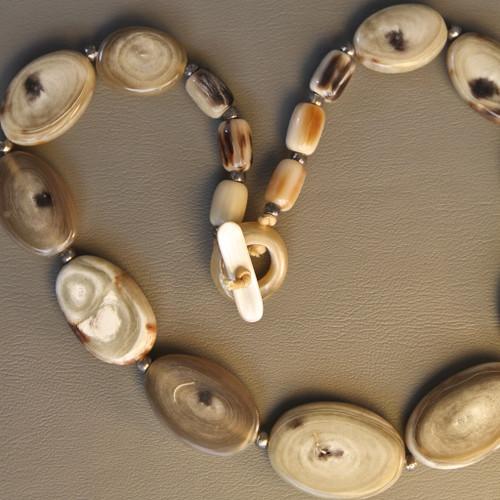 Flat Bead Necklace - Light