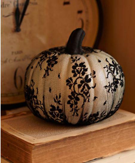Lacey Pumpkin Design