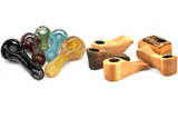 Custom Glass vs Wooden Pipe: Which Should You Choose?