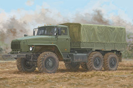Trumpeter 1072 1/35 Russian URAL4320 Truck w/Stake Body