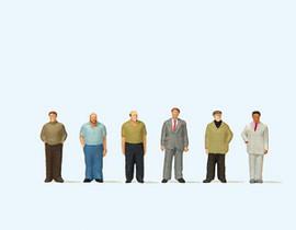 Preiser 79223 N Scale Standing Men