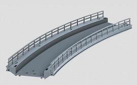 "Marklin 74623 HO Scale C-Track -- Curved Ramp - 17-1/4""  43.8cm Radius (R2)"