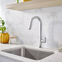 American Standard Beale Pull-Down Kitchen Faucet with Selectronic Hands-Free Technology Polished Chrome
