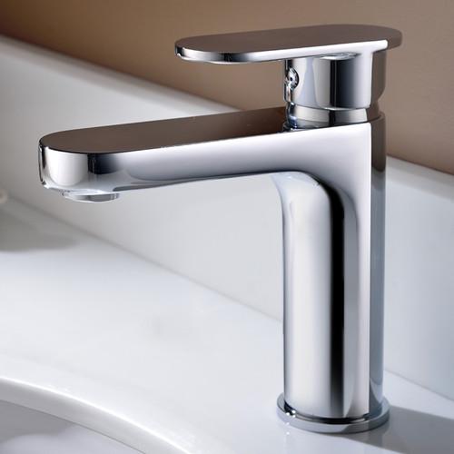 Royal Bathroom Faucet Chrome