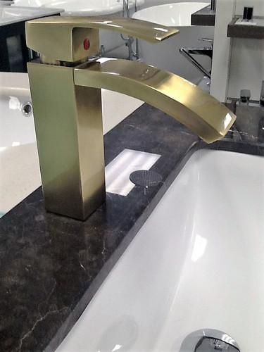 Nimo Fall Single Handle Lav Faucet Antique Brass