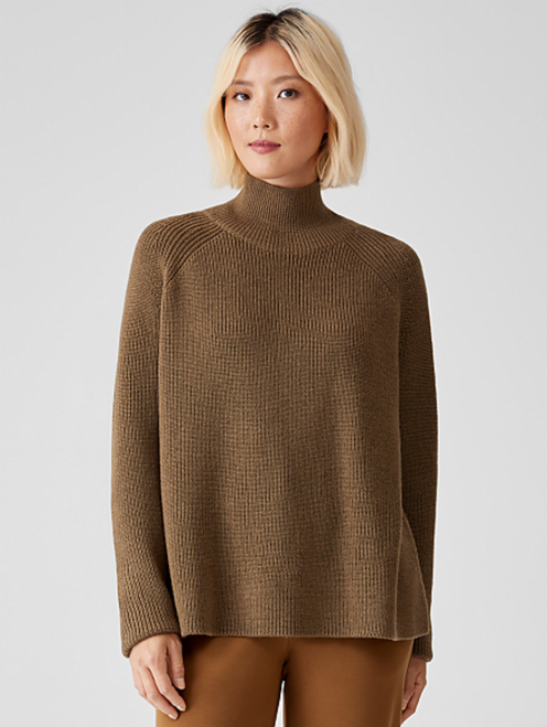 TURTLENECK RAGLAN TOP