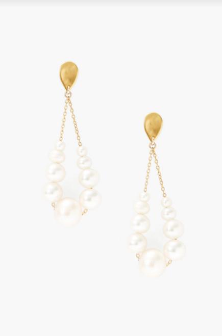 18K GP TEARDROP EARRINGS W/ WHITE PEARLS & GOLD CHAIN