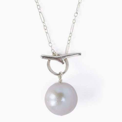 GREY FRESHWATER PEARL TOGGLE NECKLACE