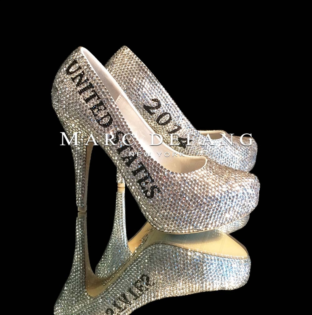 "5"" Closed Toe Title Heels"