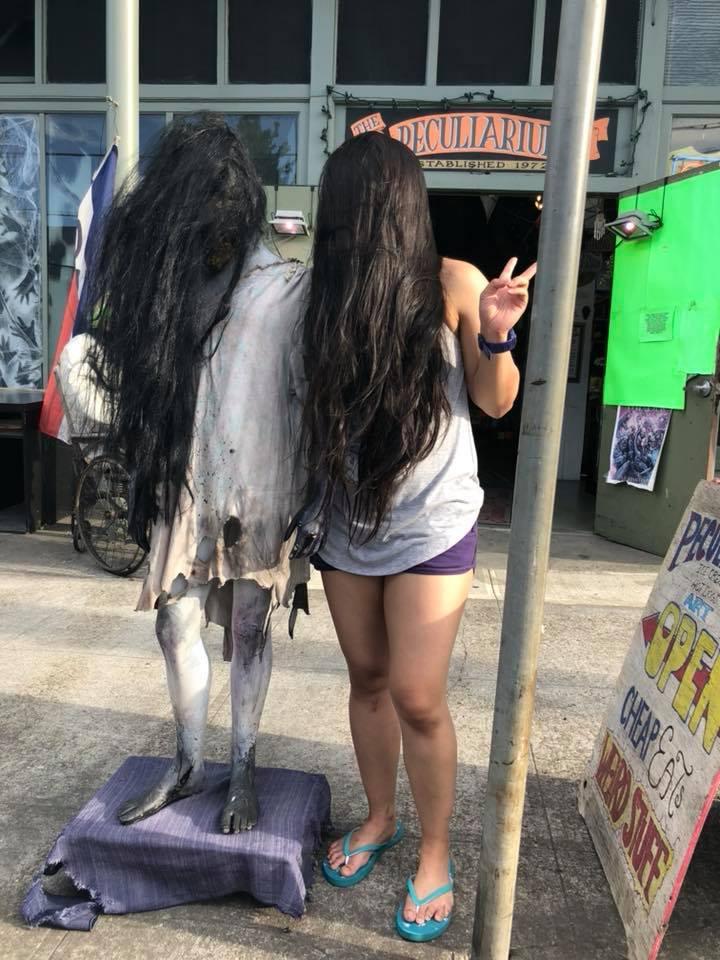 suki-and-long-haired-girl.jpg