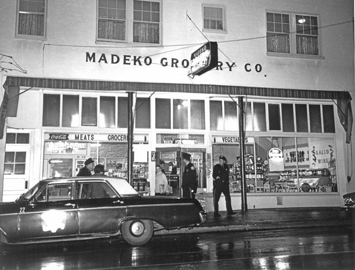 thurman-shop-old-photo-1960s-sm.jpg