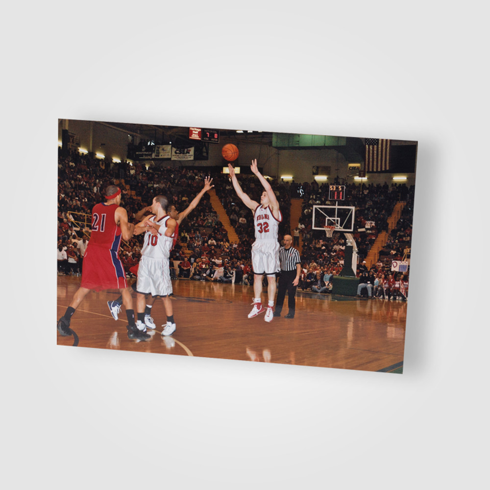 Jimmer shooting his famous shot at the Glens Falls Civic Center 2006/ Junior in High School
