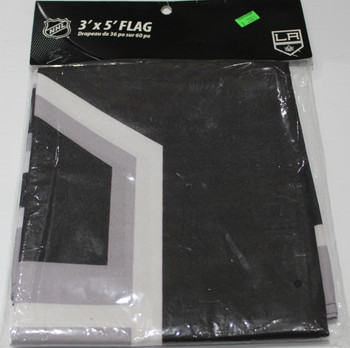 LA KINGS POLYESTER FLAG  - 3 X 5 FEET - INDOOR/OUTDOOR - BRAND NEW