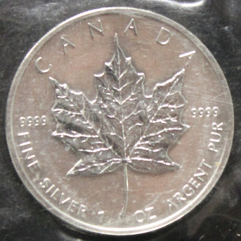1oz. 2004 CANADIAN SILVER MAPLE LEAF COIN