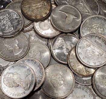 100 CANADIAN CIRCULATION SILVER DOLLARS (PRE 1967) (80% PURE)