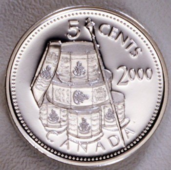 SALE - 2000 CANADIAN 5 CENT STERLING SILVER COIN FIRST FRENCH REGIMENT.