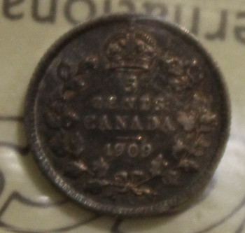1909 CIRCULATION 5-CENT COIN - ROUND LEAVES - BOWTIE - VF30
