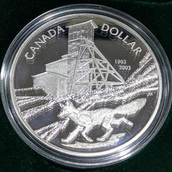 2003 SILVER COMMEMORATIVE PROOF DOLLAR - COBALT SILVER STRIKE