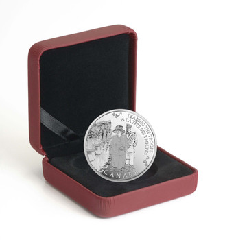 2015 $5 FINE SILVER COIN TODAY'S MONARCH. YESTERYEAR'S PRINCESS